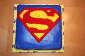 Superman Birthday Cupcakes5