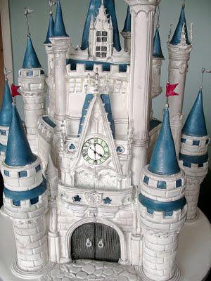 Coolest Castle Wedding Cake