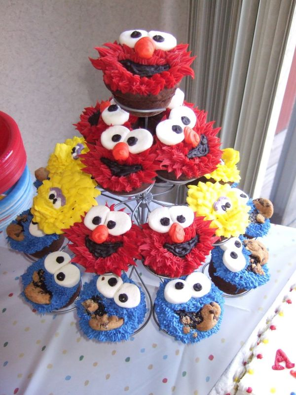 Cute Cupcakes For Boys Birthday http://ecro.dyndns.org/birthday-cupcakes/