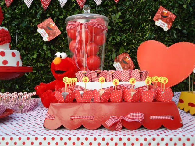 Elmo birthday party ideas for toddlersbest birthday for Table design for 1st birthday