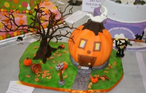 Halloween Pumpkin Cakes