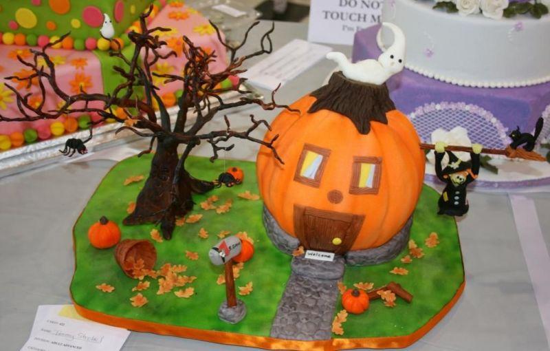 Tremendous Halloween Pumpkin Cakesbest Birthday Cakesbest Birthday Cakes Funny Birthday Cards Online Alyptdamsfinfo
