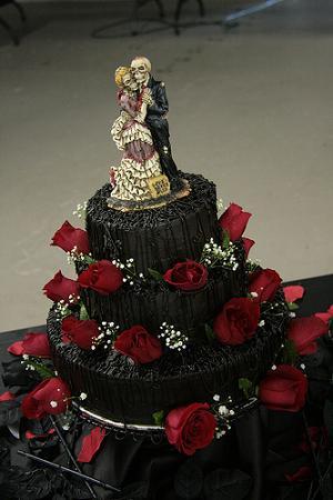 Halloween Wedding Cake Ideas