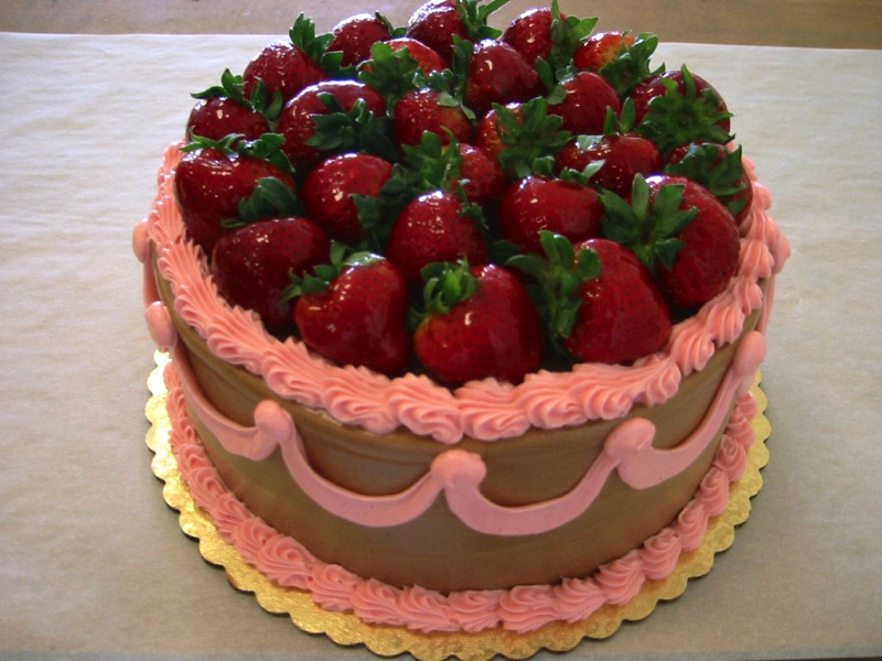 Happy Birthday Strawberry Cakes
