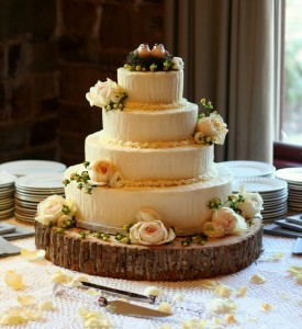 Simply Elegant Wedding Cakes