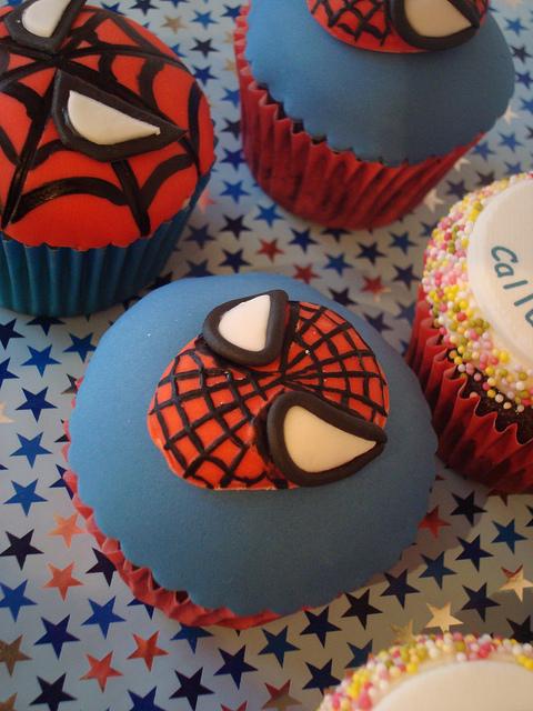 Fabulous Spider Man Cupcake Picsbest Birthday Cakesbest Birthday Cakes Funny Birthday Cards Online Alyptdamsfinfo