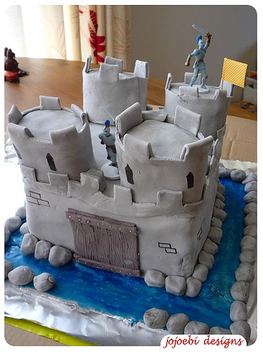 Novelty Birthday Cakes 2